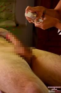 baileyknox-hardcore-massage-handjob13